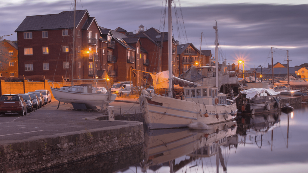 Harbour and boats in Exeter
